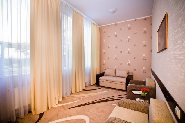 2-rooms spacious Deluxe with one King Size bed